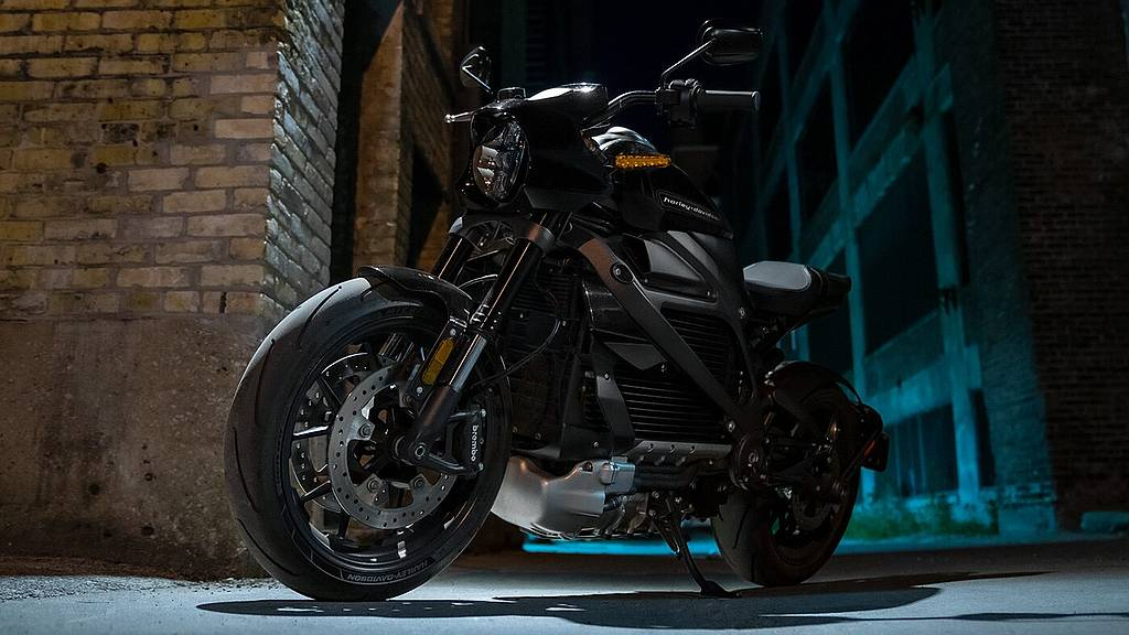 [www.harley-davidson.com][407]2021-livewire-motorcycle-ride-modes.jpg